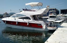Schaefer Yachts - 385 Flybridge
